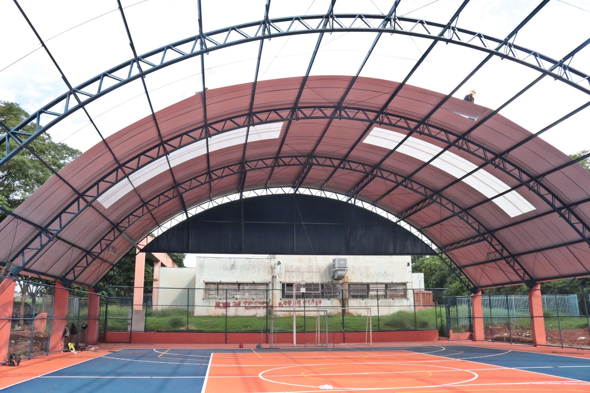 Inauguração da reforma da quadra poliesportiva da Escola Municipal José Polo