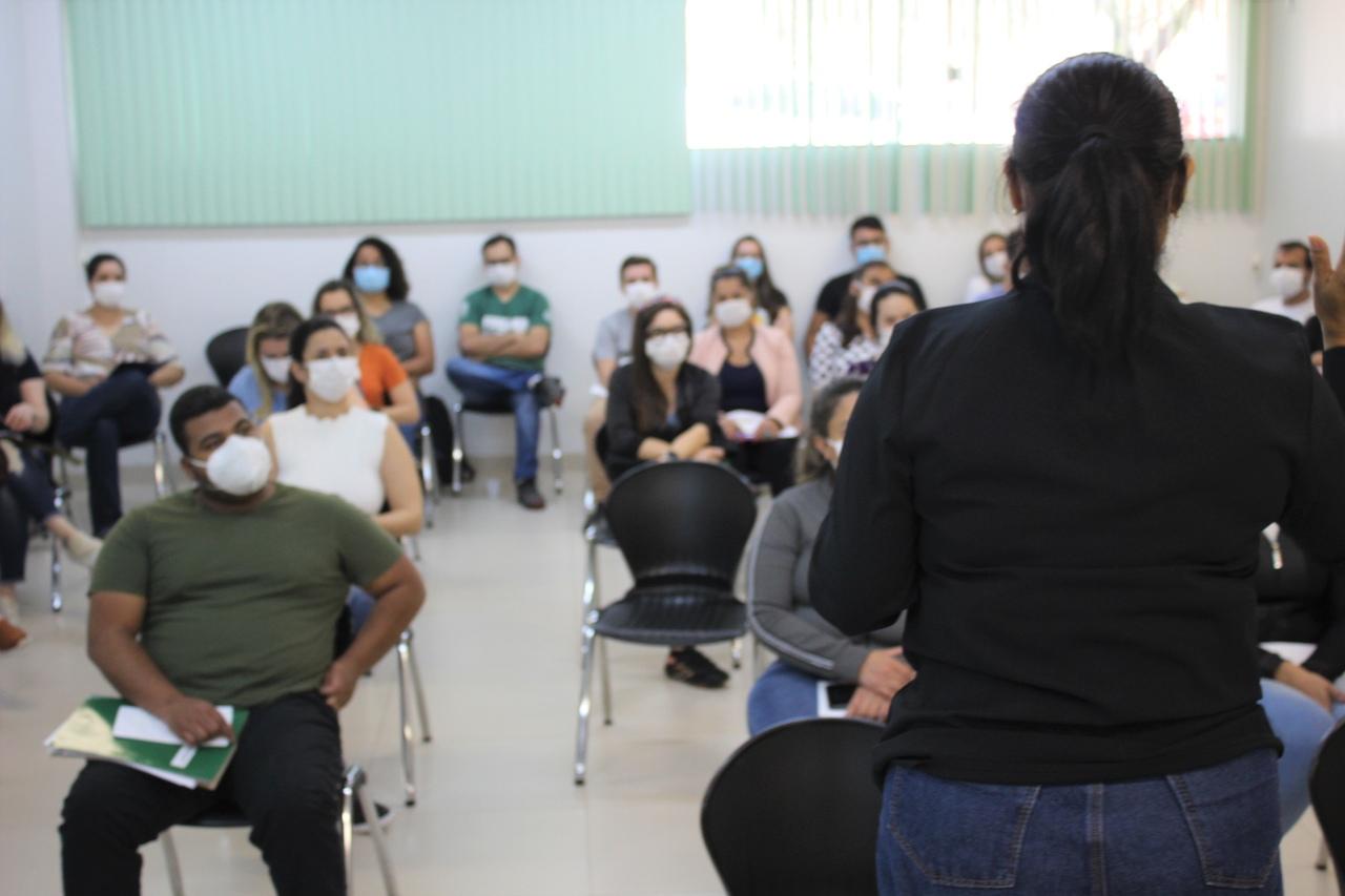 Secretaria Municipal de Saúde realiza palestras de