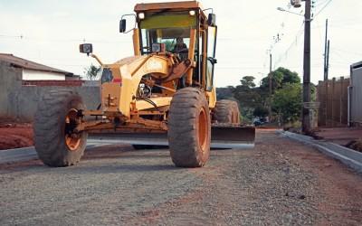 Obras do Asfalto Comunitário começam no Jardim Bertioga