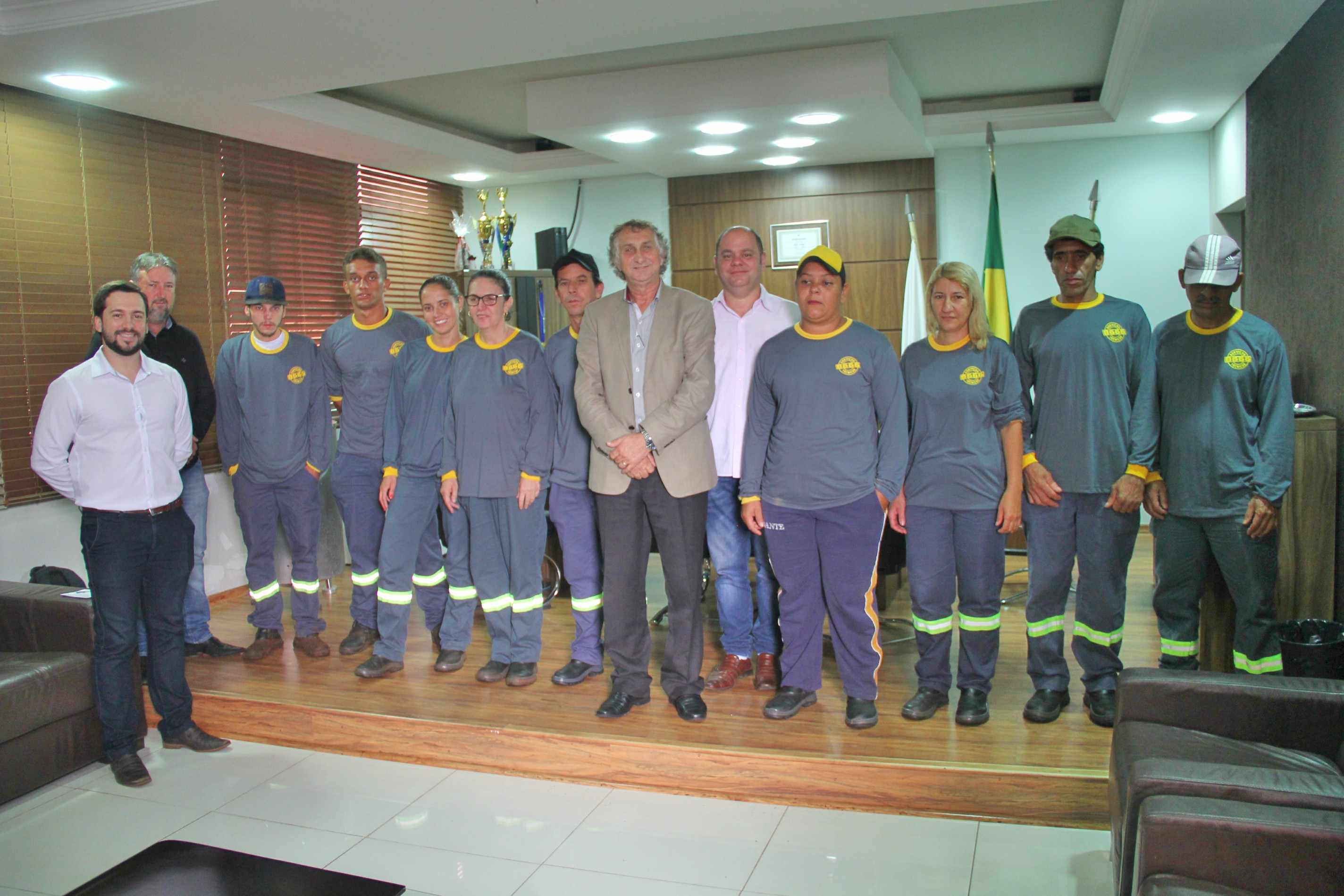"""Prefeitura investe no projeto """"Cidade Limpa"""""""